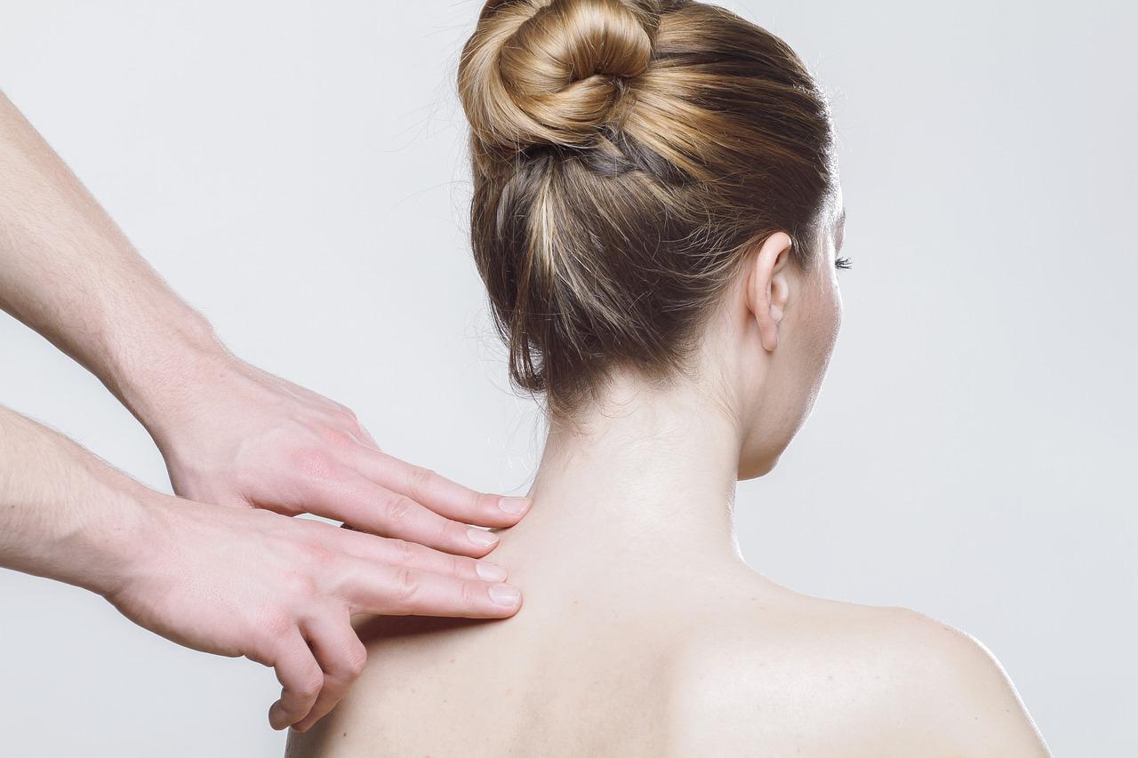 Tratamiento fisioterapia con masaje